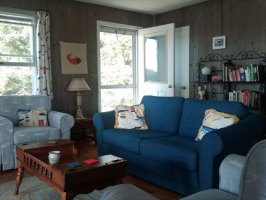 Bayville Rental Cottage Living Room